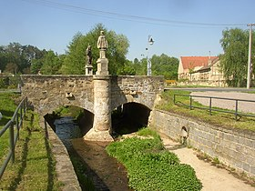Kralovice KL CZ bridge over Bakovsky potok 085.jpg