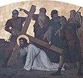 Kruisweg Sint-Christoffelkathedraal, Roermond, statie 03, Eerste val van Jezus onder het kruis.jpg
