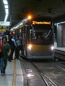 Ligne 32 du tram de bruxelles wikimonde for Garage du midi les vans
