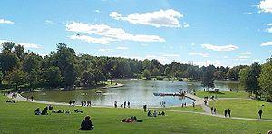Landmarks of Montreal - Beaver Lake (Lac aux castors), Mount Royal.