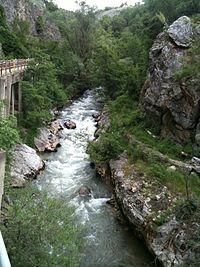 Ladopotamos river, Koromilia.JPG