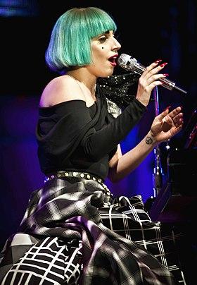 Lady Gaga Europride 2011 03.jpg