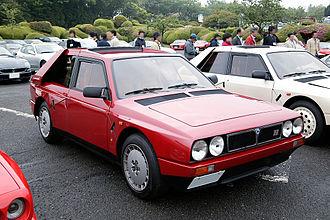 Lancia Delta S4 - Image: Lancia Delta S4 002