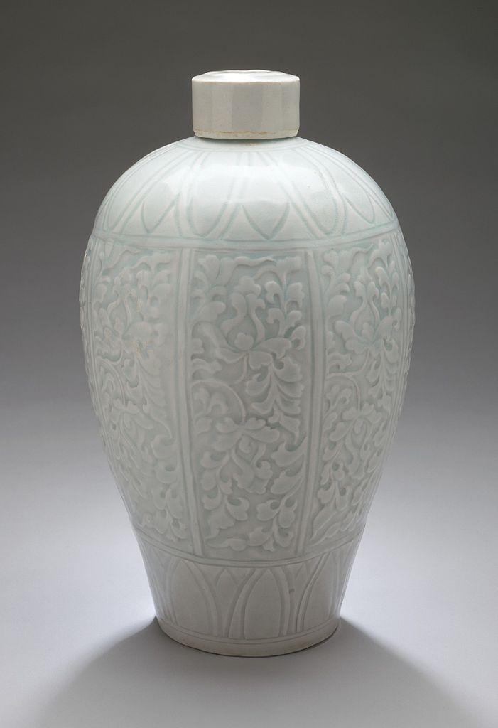 File Lidded Prunus Vase Meiping With Lotus Sprays Lacma