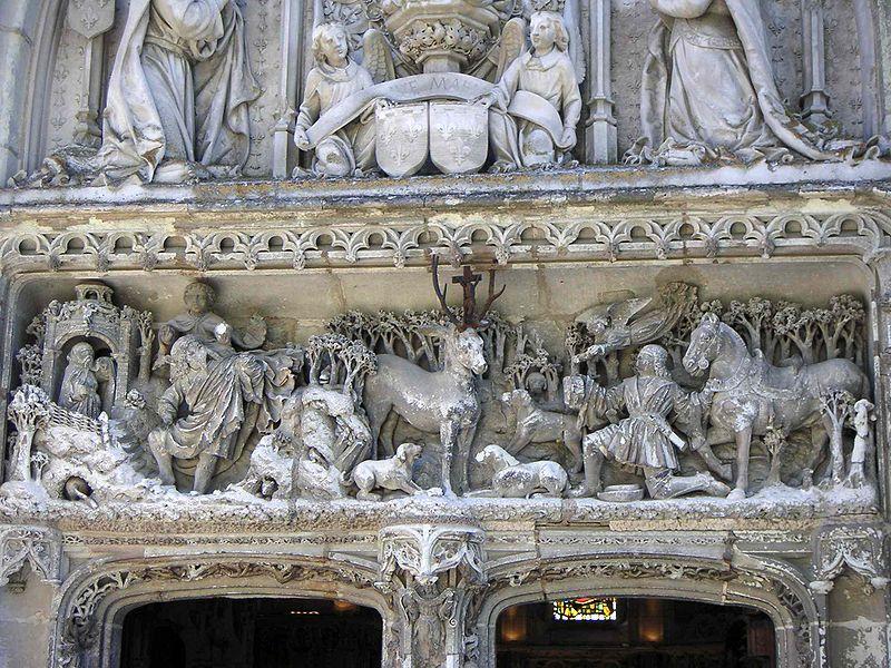 Fichier:Linteau de la chapelle St Hubert.JPG