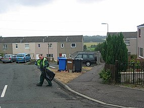 Litterpicking in Kirknewton - geograph.org.uk - 33342.jpg