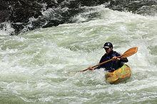 * Le kayaking (extrême) dans Vidéos spectaculaires 220px-Low_brace_Youghiogheny_River_Ohiopyle%2C_PA