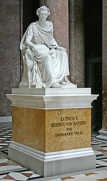 Ludwigs Denkmal in der von ihm errichteten Walhalla (Quelle: Wikimedia)