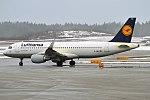 Lufthansa, D-AIWA, Airbus A320-214 (40640597831).jpg