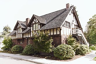 Lynnwood, Washington - The Wickers Building, a 1919 cottage built in Alderwood Manor