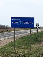 Welcome sign along M-99