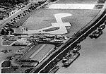 Maastricht (1960), Griend met helihaven.jpg