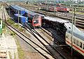 Mannheimer Hauptbahnhof- südöstliches Gleisvorfeld- Flankenfahrt des Güterzugs DGS 40635 in den EC 216 2.8.2014.jpg