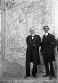 Manuel de Arriaga e seu filho Roque de Arriaga (Joshua Benoliel, 1911).png