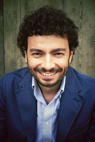 File:Massimo Polidoro (portrait, 2012). 01.JPG