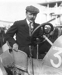 Maurice Farman 1908.jpg