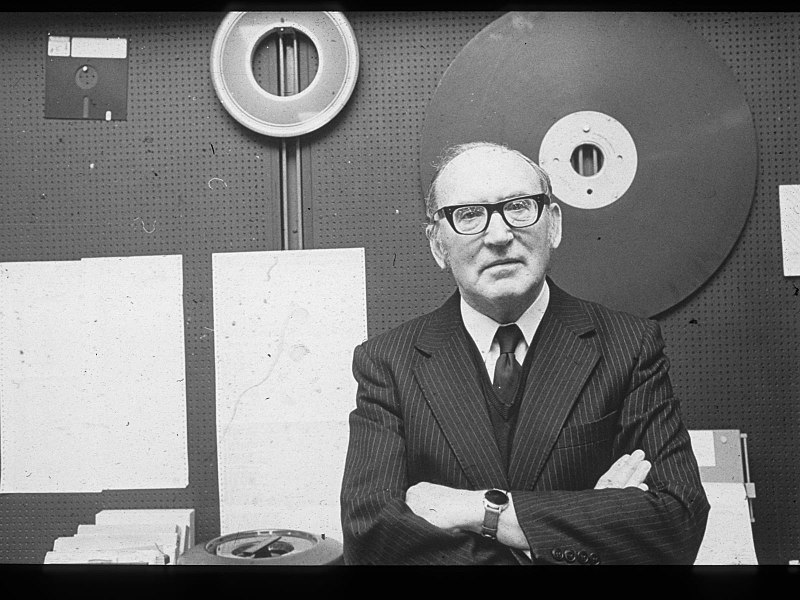 Maurice Vincent Wilkes 1980 (3).jpg