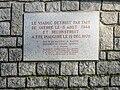 Mayenne commune et rivière 03.jpg