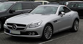 Mercedes-Benz SLK 200 BlueEFFICIENCY (R 172) – Frontansicht, 3. Juli 2011, Essen.jpg