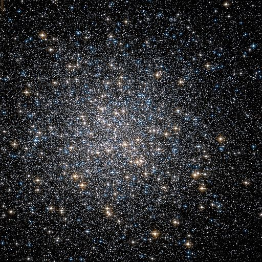 Messier 13 Hubble WikiSky