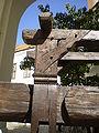 Mikulovský zámek, lis na víno, detail.JPG