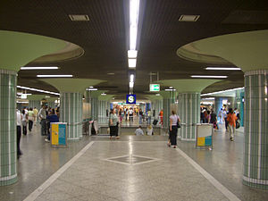 Frankfurt Hauptwache station - Shopping arcade and entrance to the station