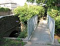 Modern footbridge, Fownhope - geograph.org.uk - 532469.jpg