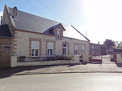 Monceau-le-Waast (Aisne) mairie.JPG