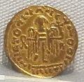 Moneta aurea barbarica a imitazione di coni bizantini, a nome di imperatore incerto, VI sec. 02.JPG