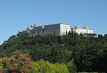 Monte Cassino abbey from cemetery.JPG