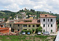 Montelupo, veduta del paese dall'arno 01.JPG