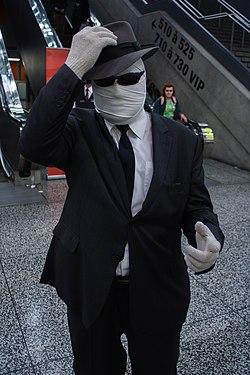 Montreal Comiccon 2016 - The Invisible Man (28181361331)