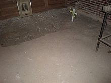 A photo of the grave hoax at the University of Illinois—Urbana-Champaign.