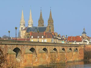 Allier - Image: Moulins Perspective 3