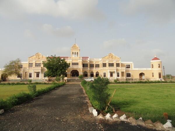 Muli royal palace
