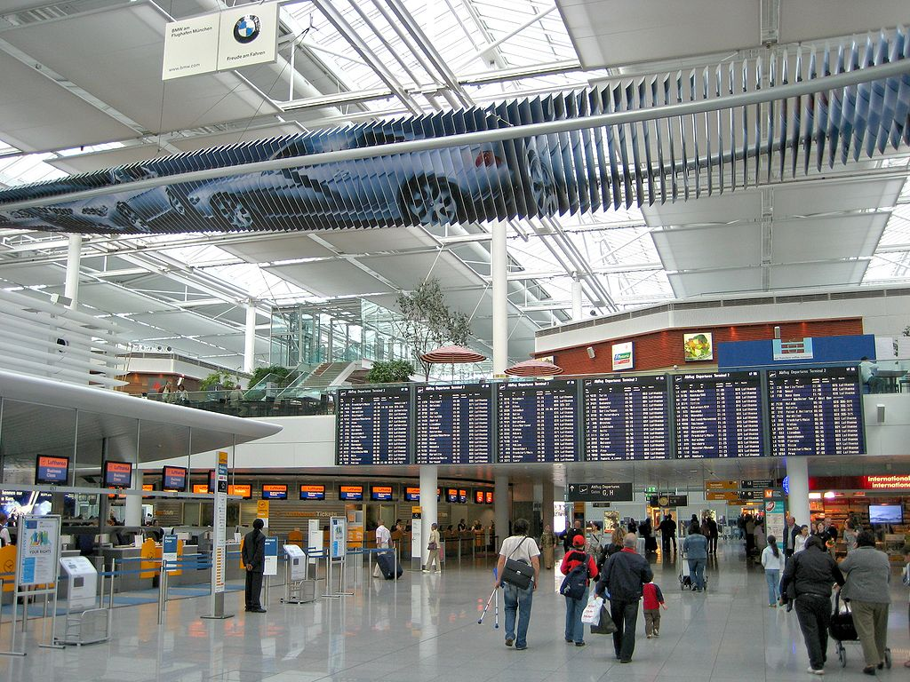 file munich airport t2 l4 check in wikimedia commons. Black Bedroom Furniture Sets. Home Design Ideas