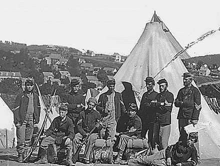 Uniformed American militiamen during the American Civil War. NewYorkStateMilitiaCivilWar.jpg
