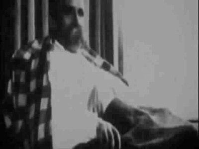 Ficheiro:Nietzsche in asylum.ogv