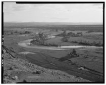OVERALL VIEW OF CANAL AND DUCHESNE RIVER VALLEY, LOOKING SOUTHEAST - Irrigation Canals in the Uinta Basin, Rocky Point Canal, Duchesne, Duchesne County, UT HAER UTAH,7-DUCH.V,1K-1.tif