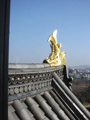 Shachihoko - A shachihoko decorates the roof of Okayama Castle