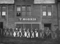 Old Tom Morris golf shop, St Andrews, Scotland.PNG