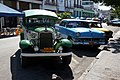 Old cars in Holguín - panoramio.jpg