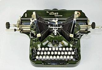Oliver typewriter model 10 02