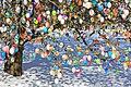 Ostereierbaum, mit 10.000 Eiern geschmückt IMG 8925WI.jpg