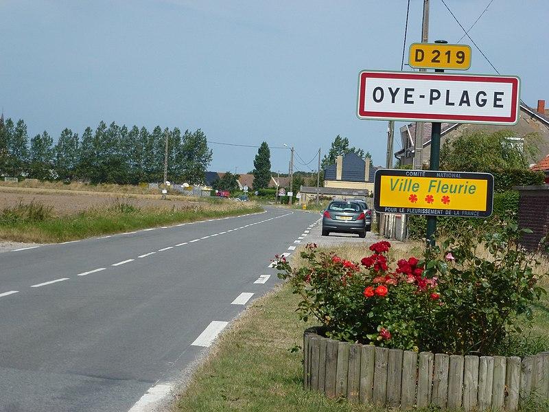 Oye-Plage (Pas-de-Calais) city limit sign