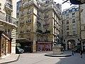 P1190858 Paris IX square de l'Opera-Louis-Jouvet rwk.jpg