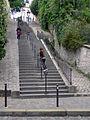 P1210478 Paris XVIII rue du Calvaire rwk.jpg