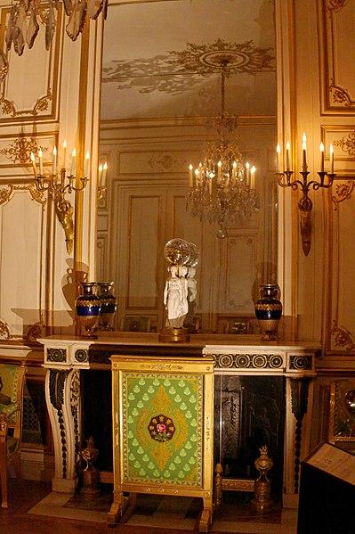 File:Palace of Fontainebleau IMG 3926 DxO (4628948261).jpg