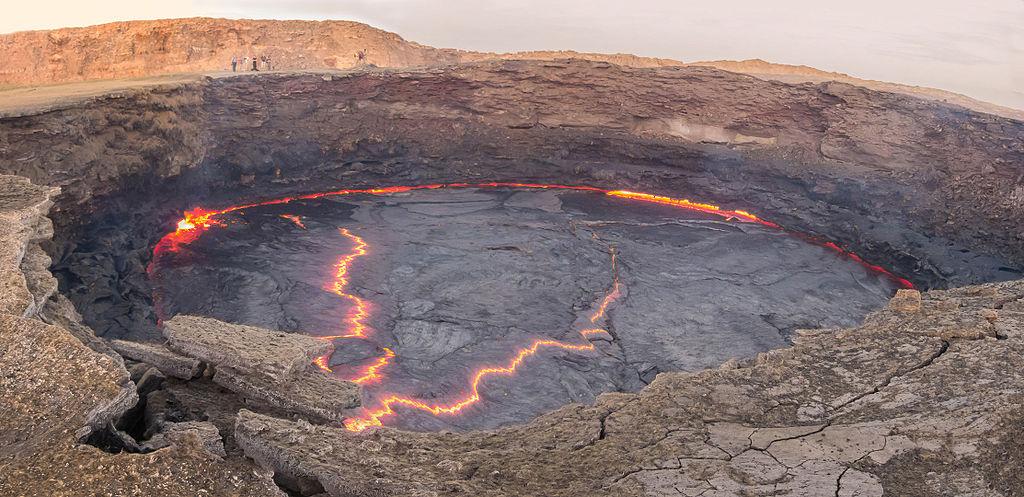 Panorámica del volcán Erta Ale 02