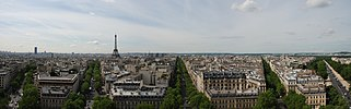 Panorama of Paris from top of Arc de Triomphe.jpg